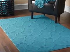 Голубые ковры в интерьере