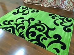 Зеленые ковры в интерьере